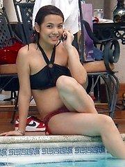 Filipina girlfriends love Boracay beach