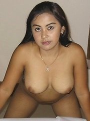 Thick Filipina girlfriend with nice big boobs