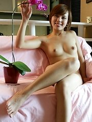 Chinese model with fine naked body