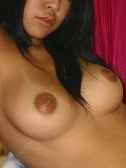 Asian With Shaved Pussy In Homemade Sex Photos