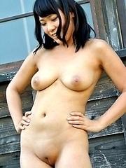 Nude japan Girls outdoors