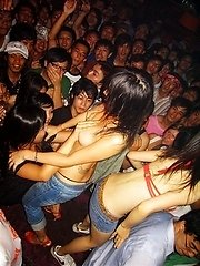 Amateur Thai girls having a very raunchy party