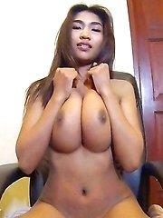 Huge Tits thai girl Tittiporn in schoolgirl skirt